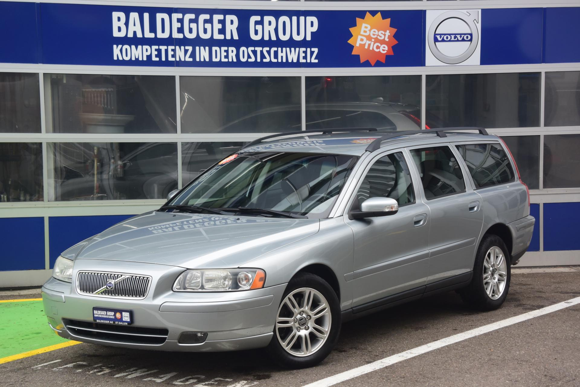 volvo v70 d5 awd kinetic baldegger automobile ag. Black Bedroom Furniture Sets. Home Design Ideas