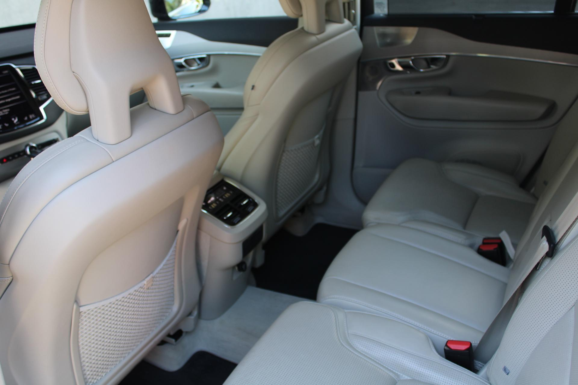 Volvo XC90 T6 AWD Inscription - Baldegger Automobile AG